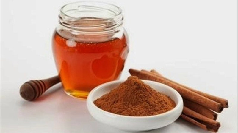 Honey and Cinnamon tea To Lose Weight Naturally