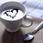Why Charcoal Latte is Trending in Food Industry, Is it a Healthy Drink?