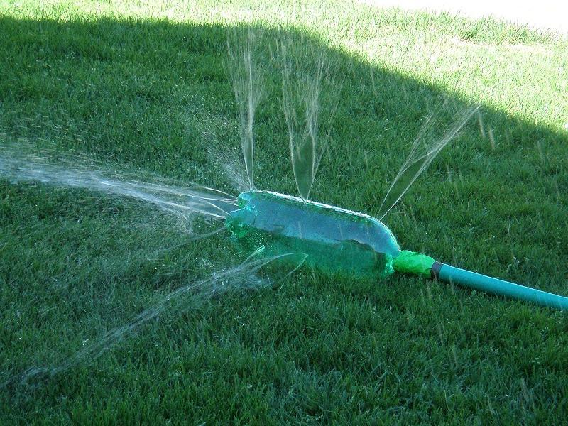 reuse plastic water bottles as Water Sprinkler