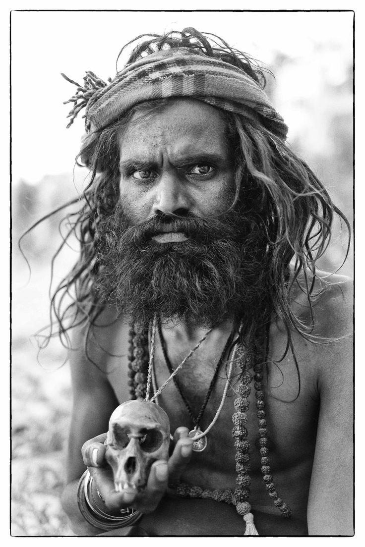Cannibalism strange ritual of Aghori sadhus in Himalayas