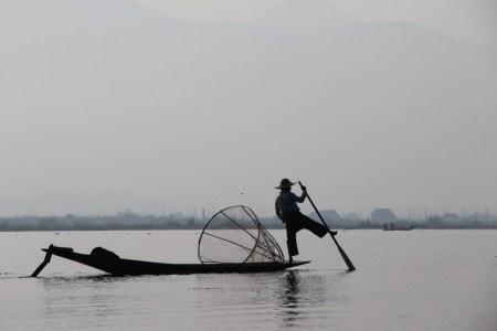 Inle Lake Intha rower