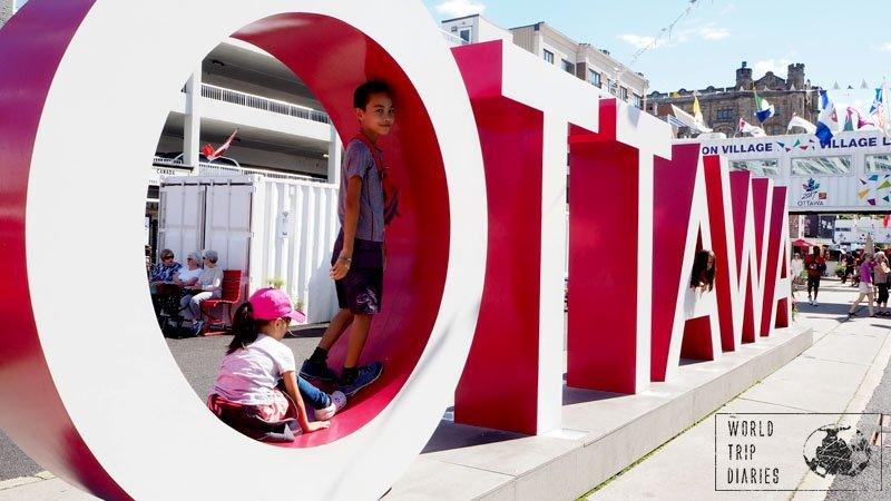 The city signs are always so much fun! The Ottawa sign in the Byward Market area couldn't be different!