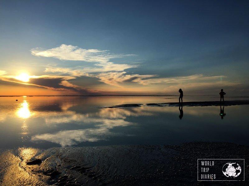 sunset salar uyuni bolivia