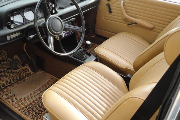 Bmw 2002 Interior Door Panels