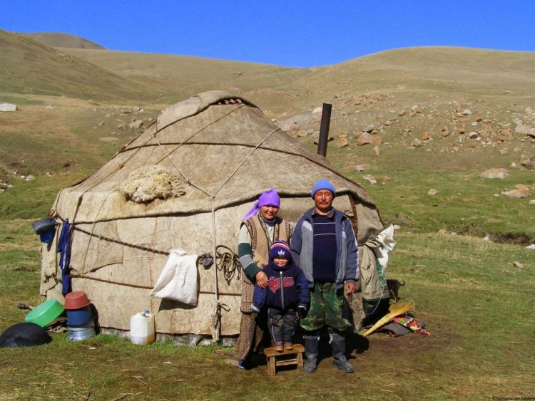 Independent travel in Kyrgyzstan, Central Asia