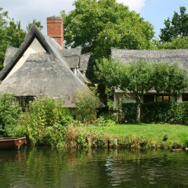 Flatford Mill and Bridge Cottage, Constable Country