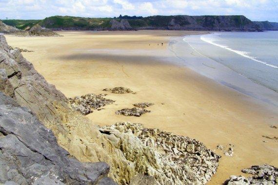 Three-Cliffs-Bay-Gower-Peninsula-Wales