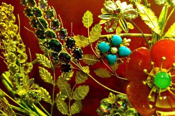 Jewellery - Museum of London