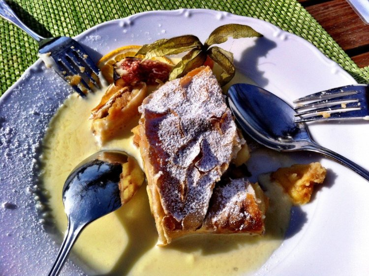 Apple strudel with vanilla sauce - Salzburg