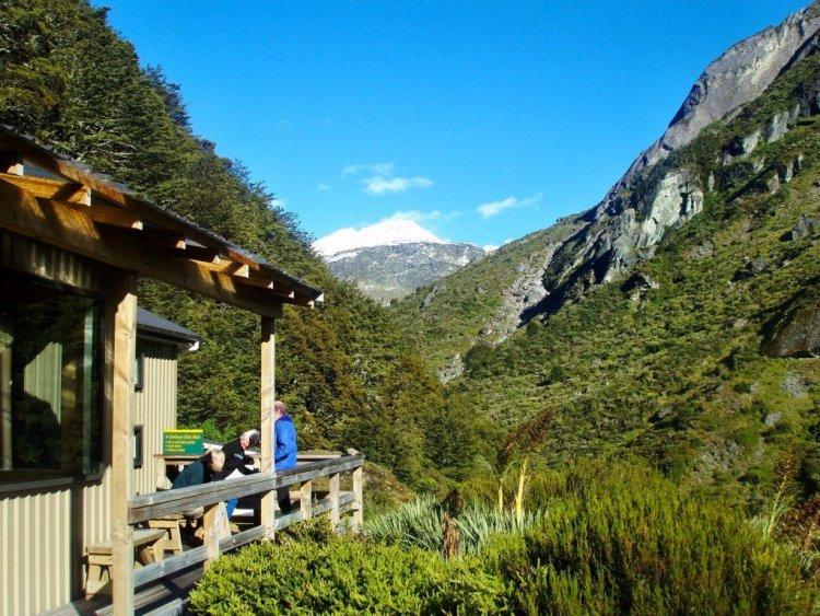 Daley's Flat Hut, Rees-Dart Track, Hiking in New Zealand