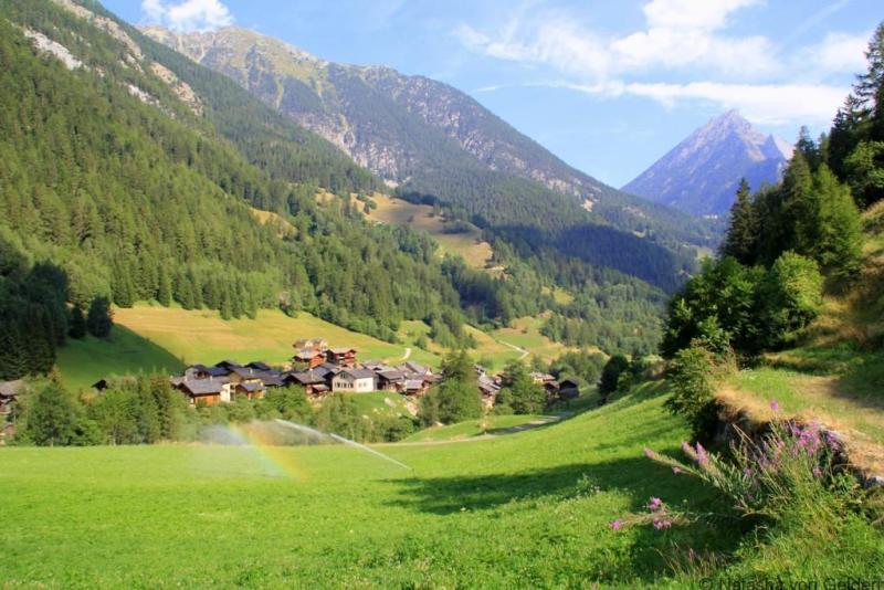 Swiss valley, Tour du Mt Blanc