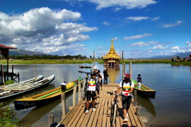 Inle Lake bike tour Grasshopper Adventures