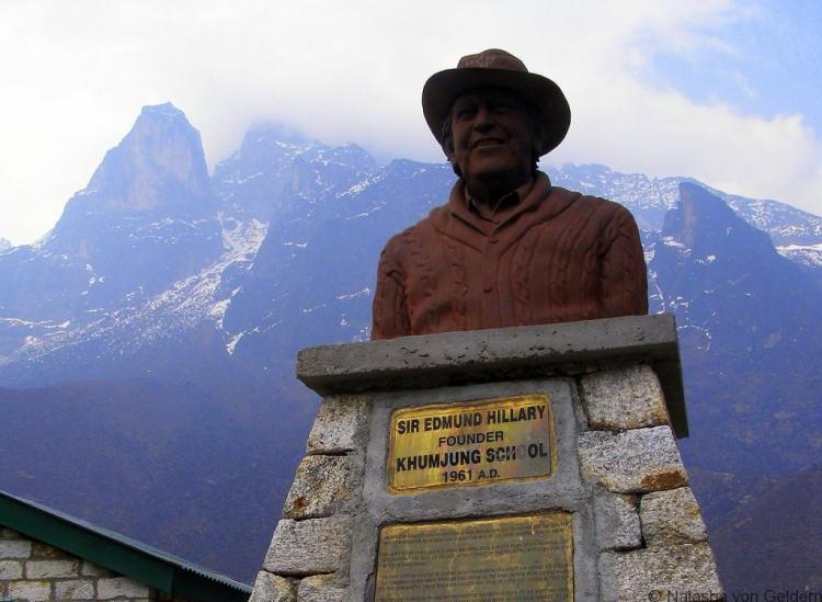 Khumjung Village Ed Hillary statue Khumbu Nepal