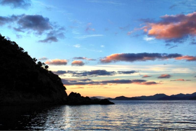 Marlborough Sounds sunset New Zealand web
