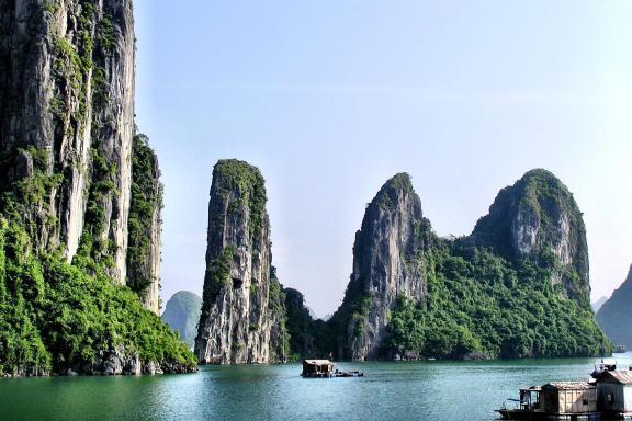 Ha Long Bay cruise landscape Vietnam