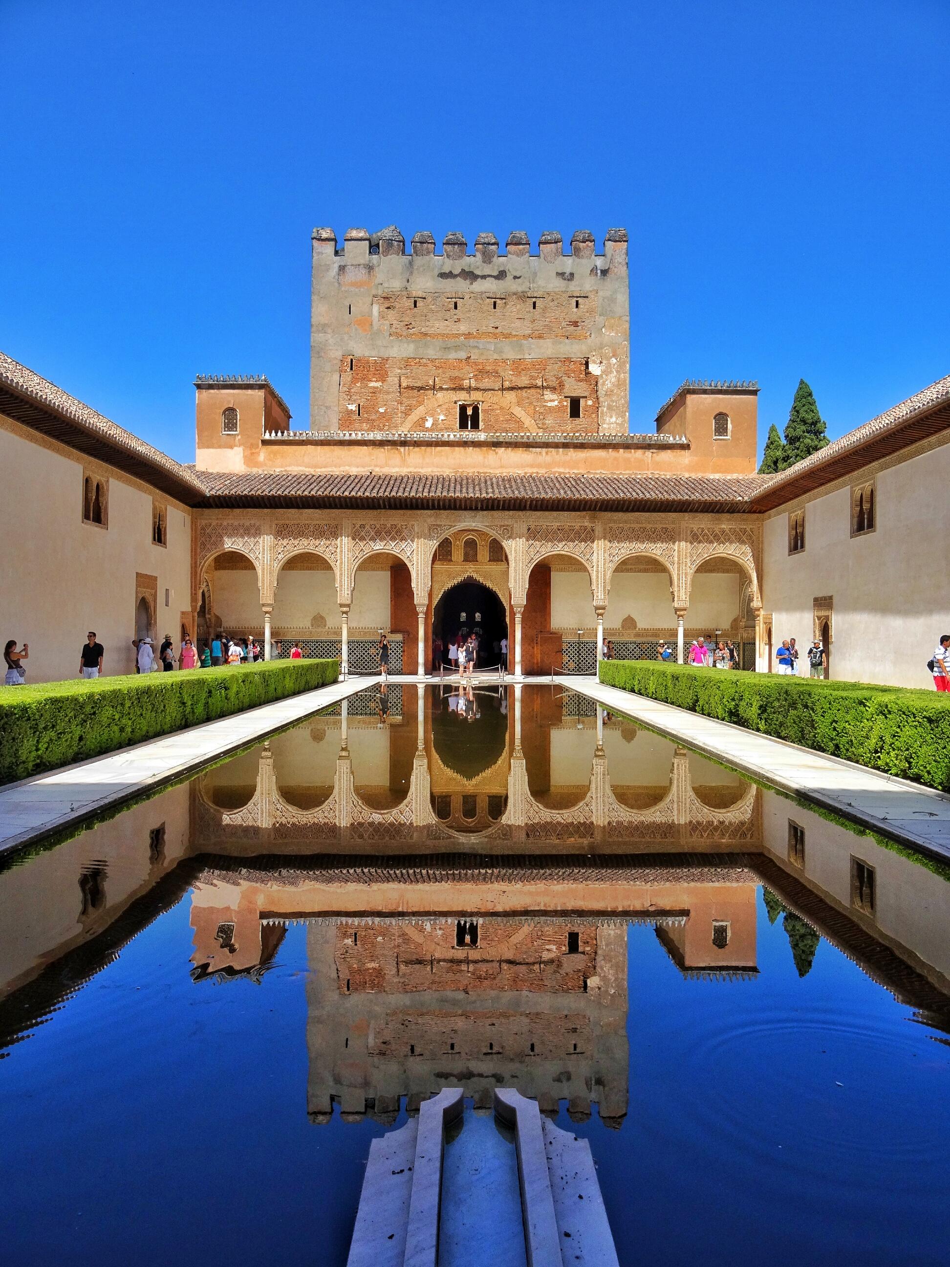 Visit The Alhambra Jewel Of Granada World Wanderista
