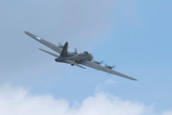 Boeing B-17 Fortress G-BEDF Flying Legends 2015 - 03