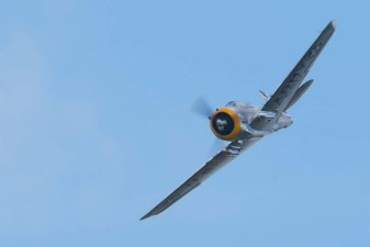 Curtiss P-36C (2) Flying Legends 2015