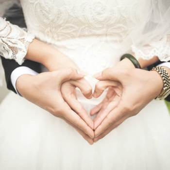 How to Survive a Wedding Photo Shoot