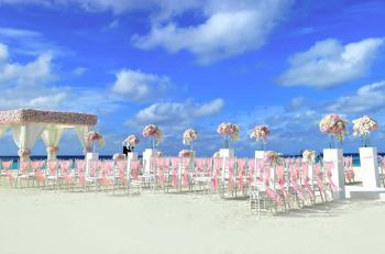 How Guests Should Pack For A Destination Wedding