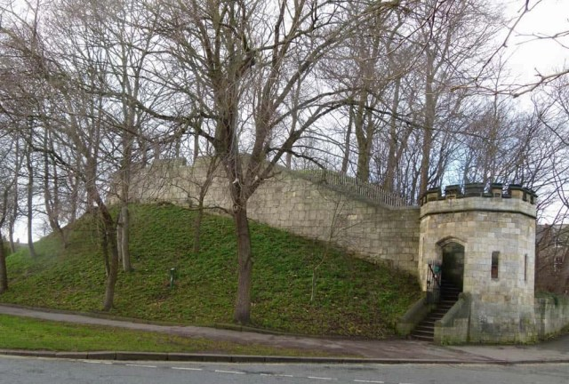 The medieval fortifications of York