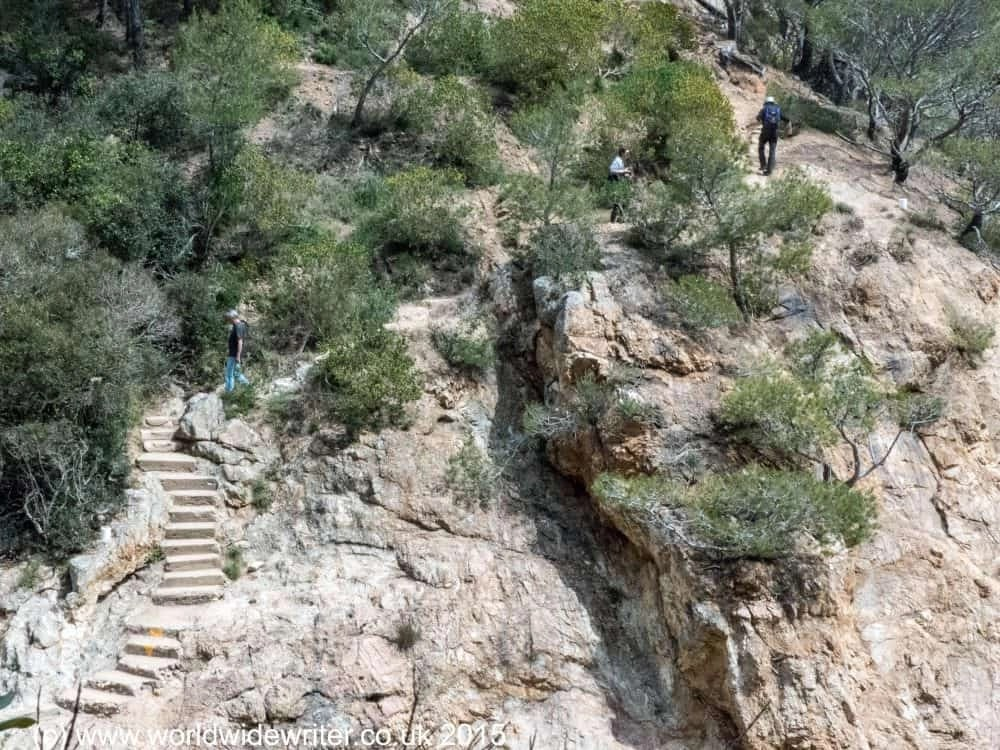 Hiking around Tossa de Mar: the coastal path