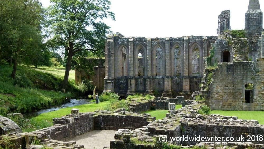 Save Money When You Visit Historic Sites, With English Heritage Membership