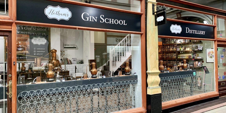 Maak je eigen gin bij Hotham's Gin School in Hull, Engeland