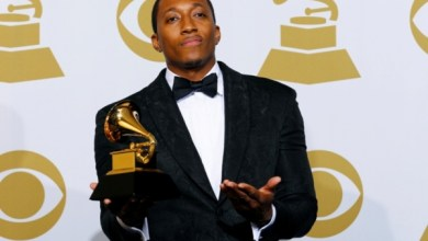 Photo of Lecrae Reacts to Kanye West Claiming 'TLOP' Is a Gospel Album