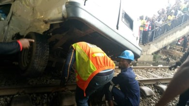 Photo of Train Collides with Vehicles killed One Person, Injuring Several Others In Oshodi, Lagos.