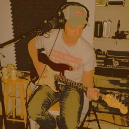 Steve Barron, guitar for Roxxy Collie
