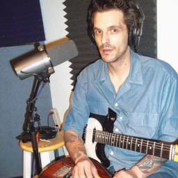 """Eric """"Rico' Peterson, lead guitar and lap steel for Dusty Miles and the Cryin' Shame"""