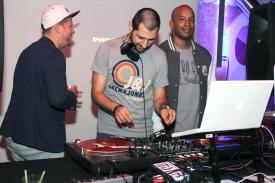 DJ Paint und DJ SIM. Foto: Björn Othlinghaus