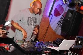 DJ SIM. Foto: Björn Othlinghaus
