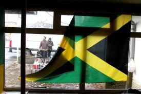 """Im Pavillon """"Smile Jamaica"""". (Foto: Björn Othlinghaus)"""