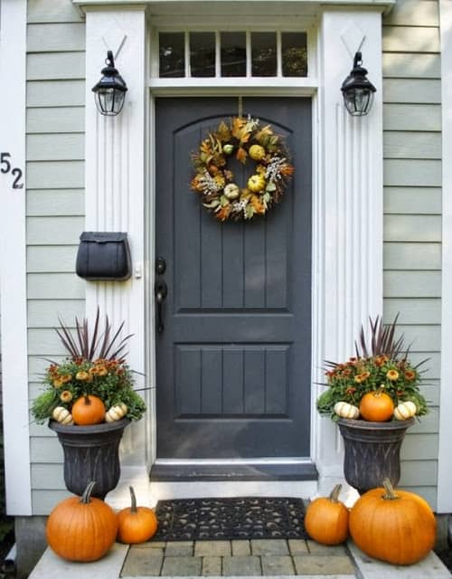 Worthing Court: Neat and tidy fall front porch
