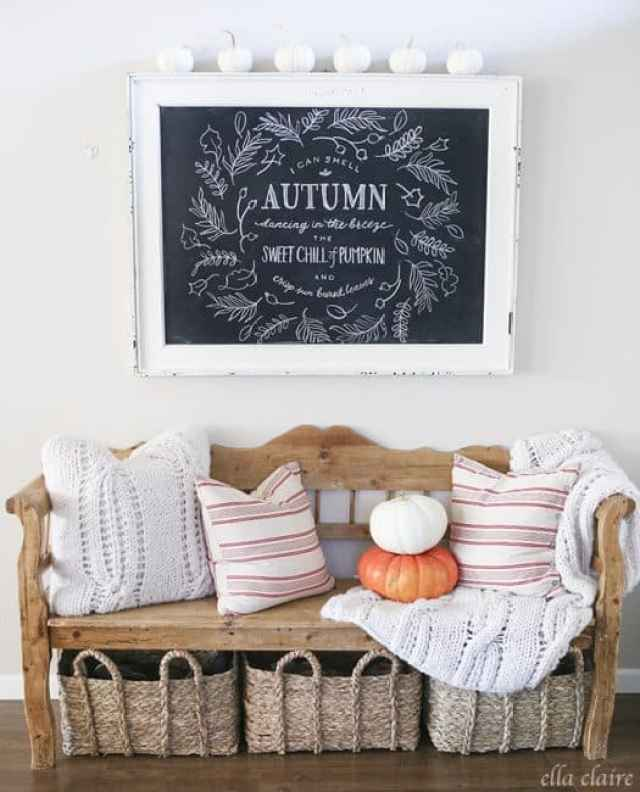 DIY Autumn Chalkboard