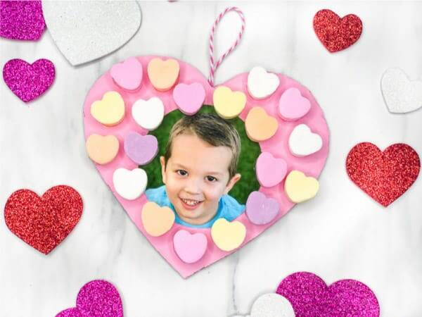 DIY Valentine craft for kids to make