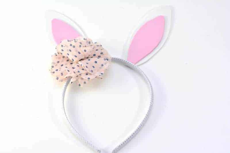 https://crayonsandcravings.com/diy-bunny-ears-headband/