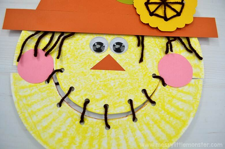 fall scarecrow craft for kids