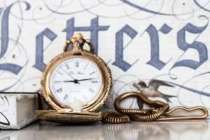 Letters & Watch - © www.DIE-Fotogräfin.at