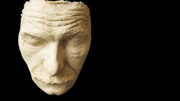 collecting death masks