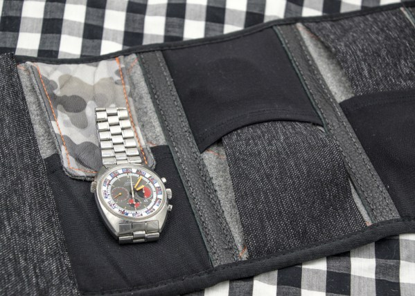 Discommon Goods Watch Roll