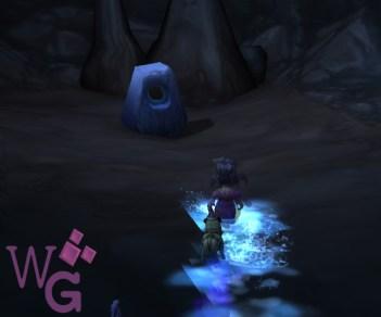 ... e use o Traje Gordok + Aguardente Invernosa (não printei depois de usar =() para falar com a pedra!