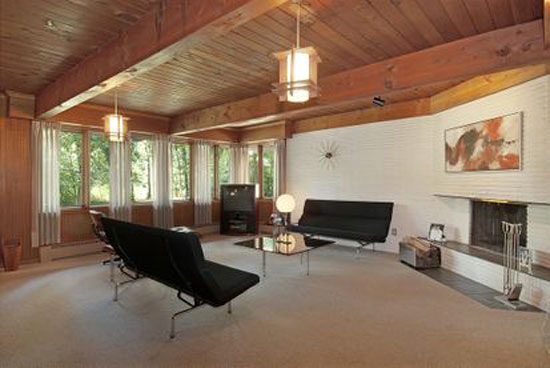On The Market 1950s Frank Lloyd Wright Inspired Midcentury Property In Long Grove Illinois