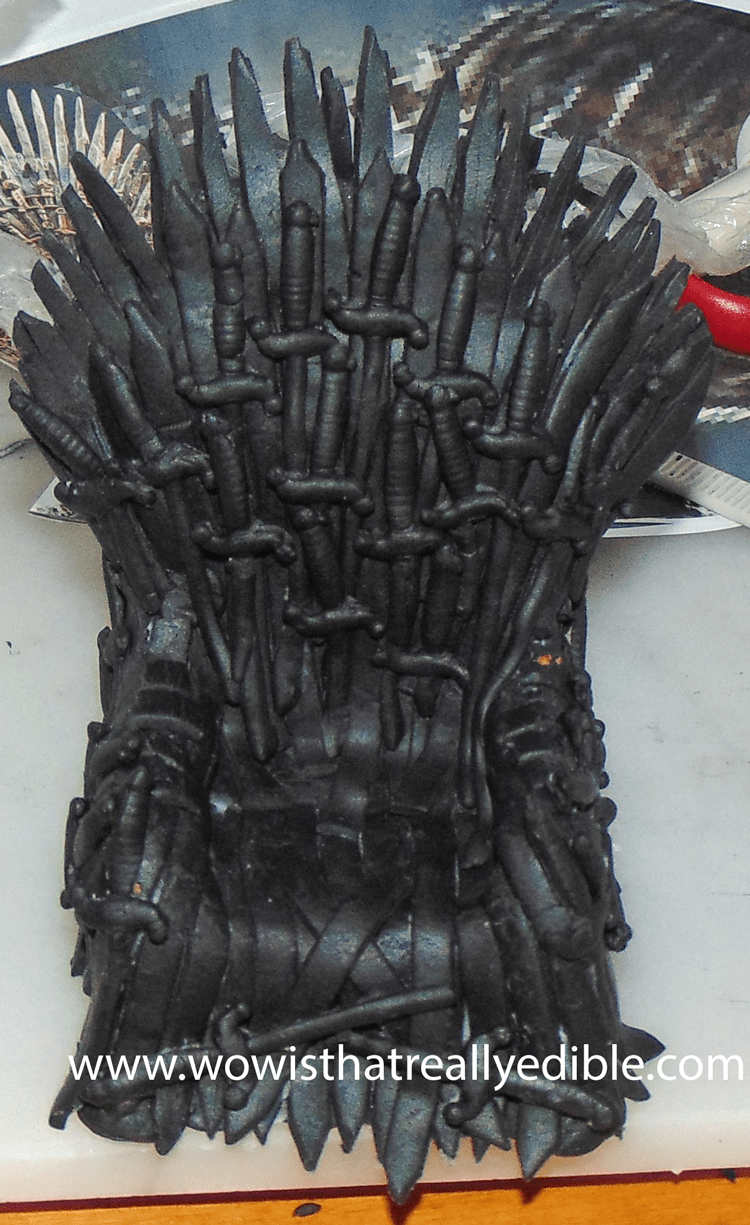 How to make an Edible Game of Thrones Iron Throne Cake ...
