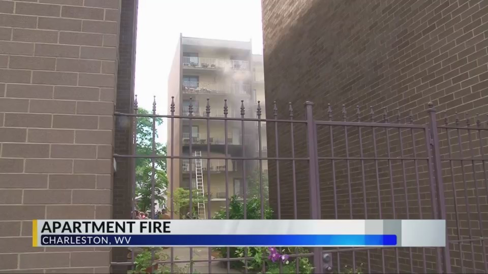 Crews Battle Charleston Apartment Blaze