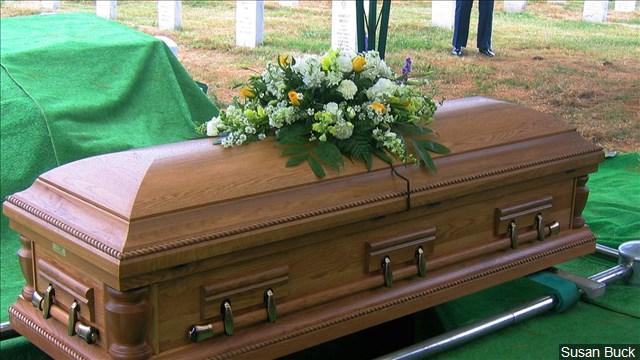 Coffin Casket_1537797018315.jpg