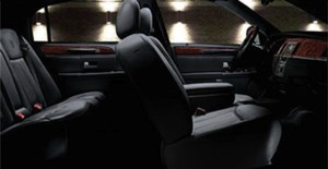 CT Lincoln Town Car Sedan Interior photo