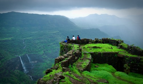 rajmachi-fort-in-lonavala-and-khandala-kandoi-sid-wikimedia_0